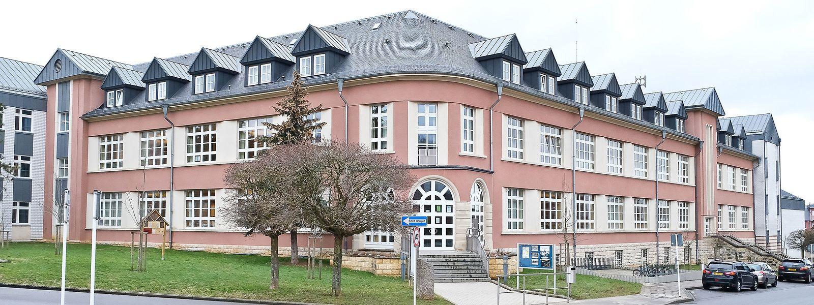 Die Schule Albert Wingert.