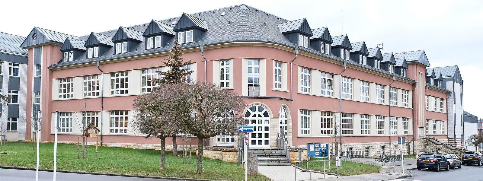 Au moins une trentaine de nouvelles infections au covid-19 a été détectée au sein de l'école Albert-Wingert de Schifflange.