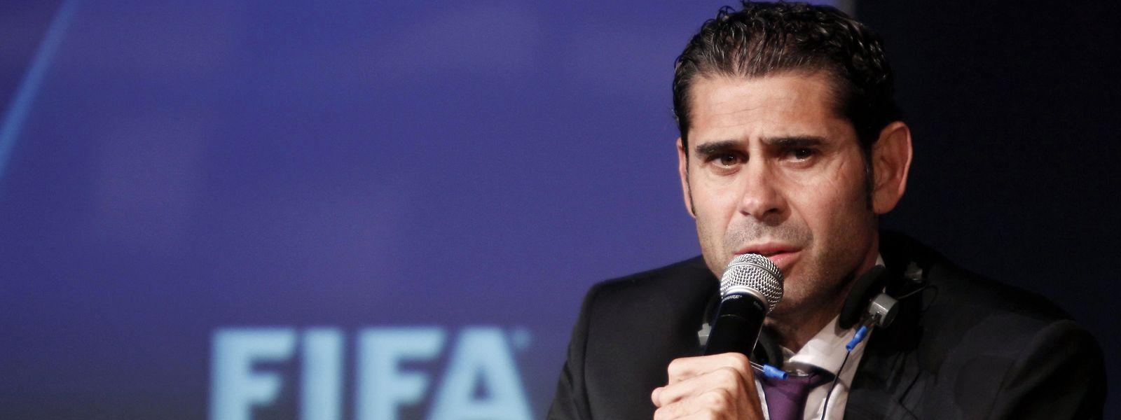 O ex-central do Real Madrid tem apenas uma experiência como treinador principal, em 2016/17, no Oviedo.