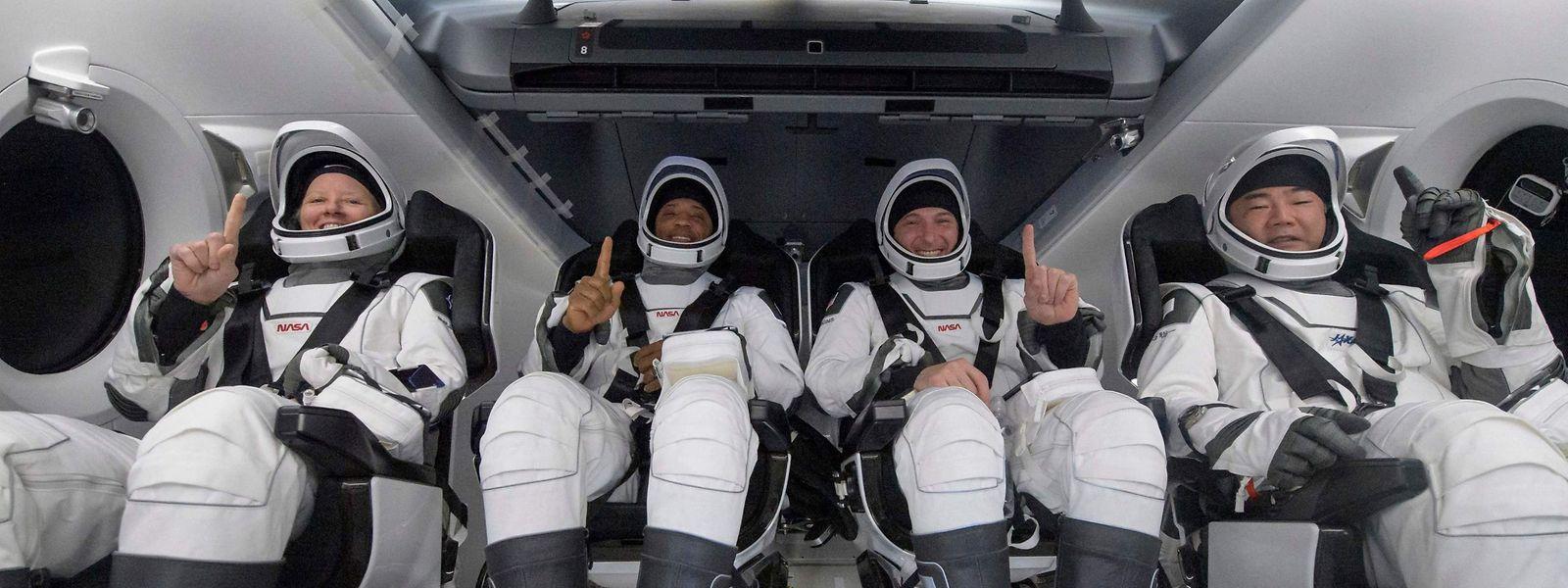 Die vier Astronauten sind wohlauf zurückgekehrt.