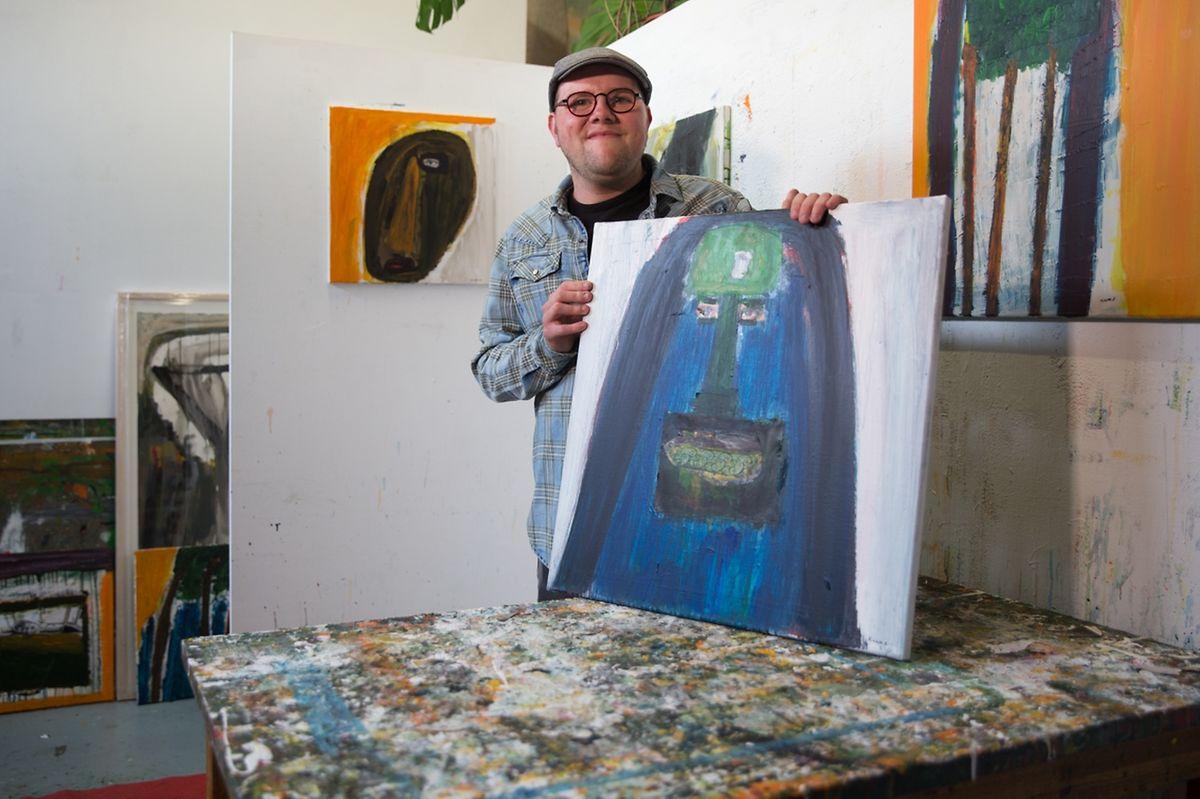 Kevin Brandy dans son atelier.