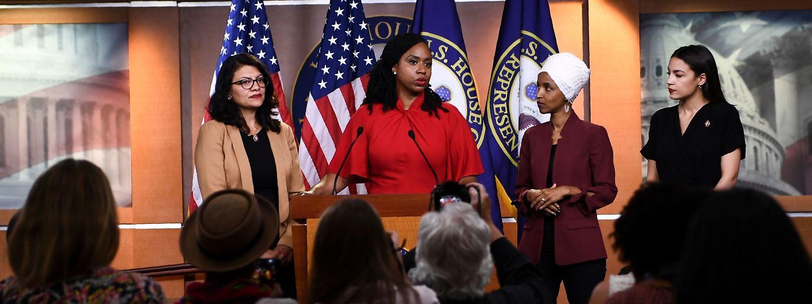 Ilhan Omar, Ayanna Pressley, Rashida Tlaib und Alexandria Ocasio-Cortez wollen sich die Tweets von Donald Trump nicht gefallen lassen.