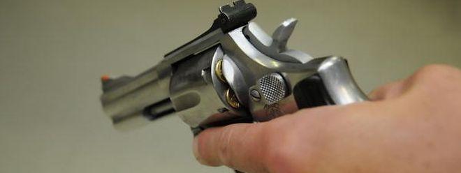 Insgesamt besitzen 15670 Einwohner in Luxemburg einen Waffenschein.