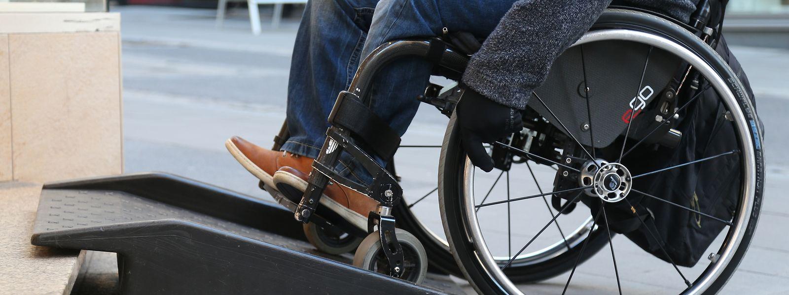 Le projet de loi prévoit des mesures qui pourraient profiter aux utilisateurs de fauteuils roulants ainsi qu'aux personnes ayant d'autres handicaps et aux personnes sans déficience.