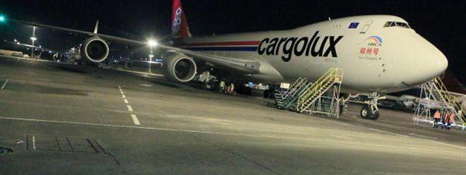 Des 1.554 avions qui ont décollé entre 23 heures et 6 heures l'an passé, la grande majorité transportaient des marchandises (1.060 vols), 405 avaient des passagers à bord et 89 transportaient des malades.