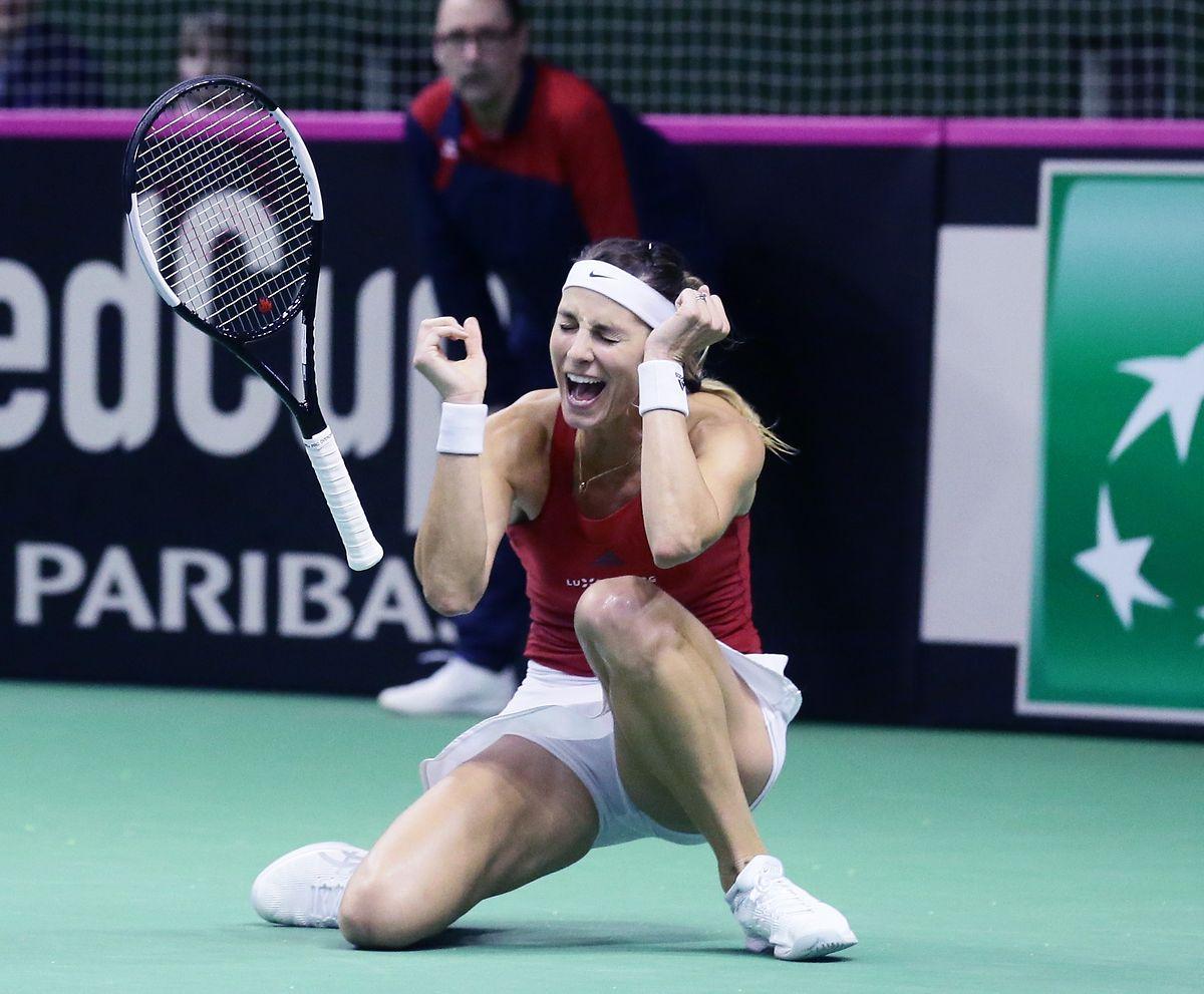 Mandy Minella hat gerade das entscheidende zweite Einzel gewonnen.
