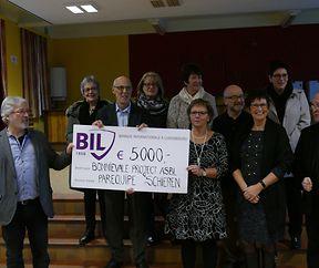 Paréquipe Schieren spendet Erlös vom Flohmarkt an Bonnievale-Projects asbl