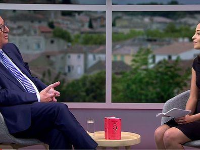 Jean-Claude Juncker est resté de marbre face aux questions incisives de la Youtubeuse Laetitia.