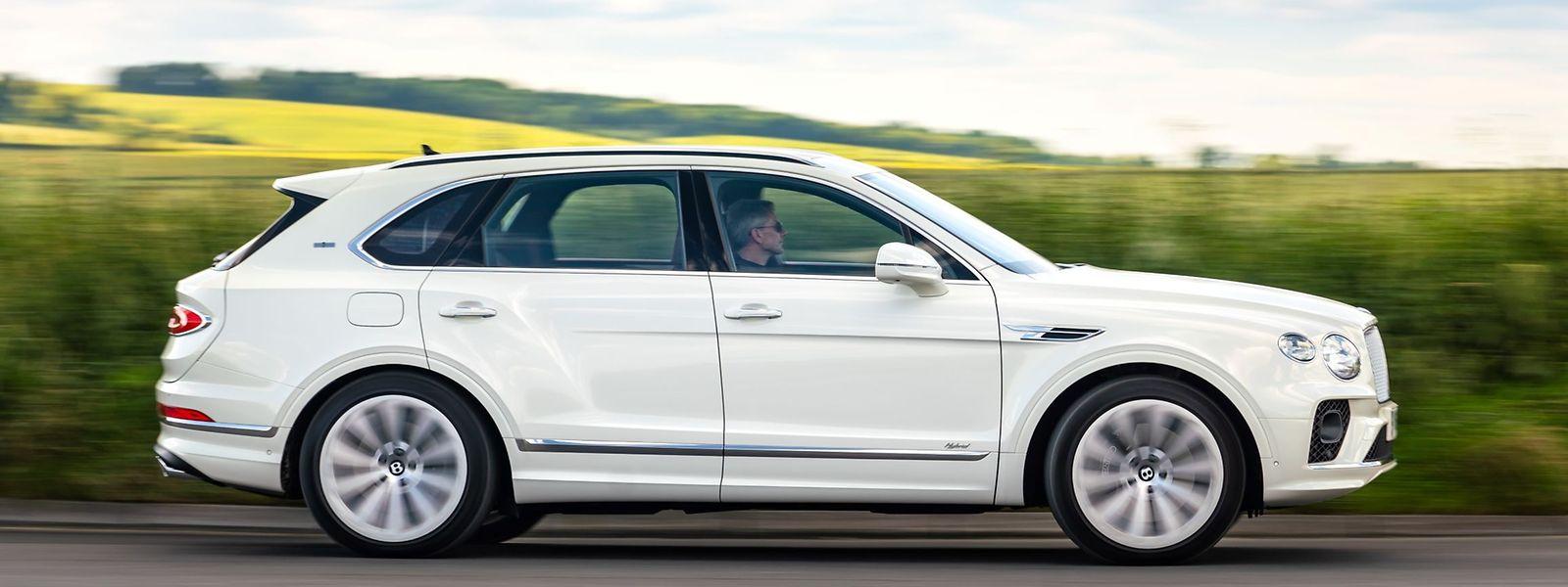 Laut Bentley reicht die rein elektrische Reichweite von 40 Kilometern den meisten Bentayga-Besitzern für ihre täglichen Fahrten.