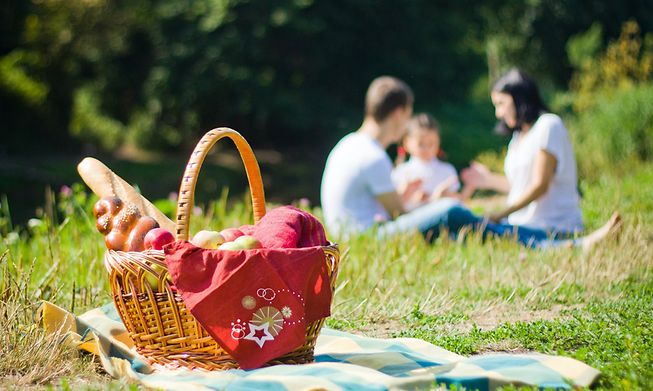 When the sun shines, there's nothing like a picnic lunch to get you out the house
