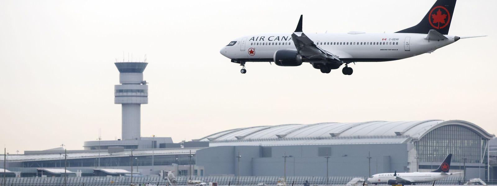 Air Canada hat 20 Maschinen der Modellreihe Boeing 737 Max in ihrer Flotte. Die Fluggesellschaft strich wegen des Flugverbots ihre Gewinnziele für das laufende Jahr.
