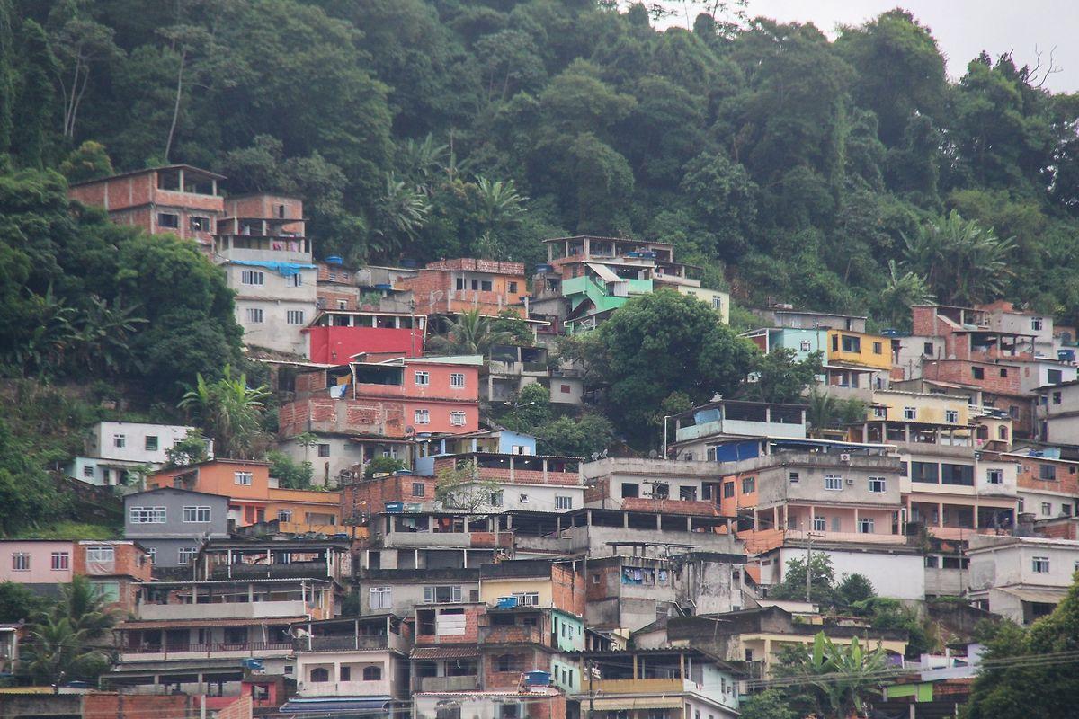 Die Armenviertel Rio de Janeiros, auch Favelas genannt, sind von der Polizeigewalt besonders schwer betroffen.