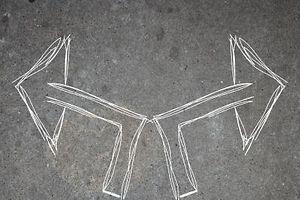 jeune, jeune homme, jeunesse, jouvence, les jeunes, flech, flechas, fleche, fleches, fl�che, baskets, route, pieds, dedicacer, d�dicacer, faire signer, marqueur, pancarte, presage, pr�sage, signe, signer, symbole, �criteau, rue, chaussee, chauss�e, dallages, rev�tement, trottoir, trottoire, chemin, facon, fa�on, ici, issue, maniere, mani�re, solution, sortie, tre, tres, tr�s, voie, citadin, citadine, urbain, urbaine, urbains, urban, ville, choise, choisir, d�cider, elire, �lire, la vie urbaine, symbol, symbole, symbolesymbole, d�contract�e, occasionnel, bonshommes, genes, genie, gens, peuple, signalisation routiere, signe de route, options, direction, mod�le, tendence, flirt, jouer, moquer, sport, sportives, taquiner, decider, d�cider, instructions, culture, guidage, guide, guider, banal, banale, bateau, ordinaire, pi�ton, pi�tonne, pi�tonnier, pi�tonni�re, p�destre, soulier, consultatif, conseils, direction, art de vivre, regime, r�gime, savoir-vivre, style de vie, jeune, jeunes, petit, petition, fl�che de direction, chouette, cool, frais, looc, sympa, conseil, epuiser, fatiguer, harasser, porter, tribologie, user, usure, �puiser