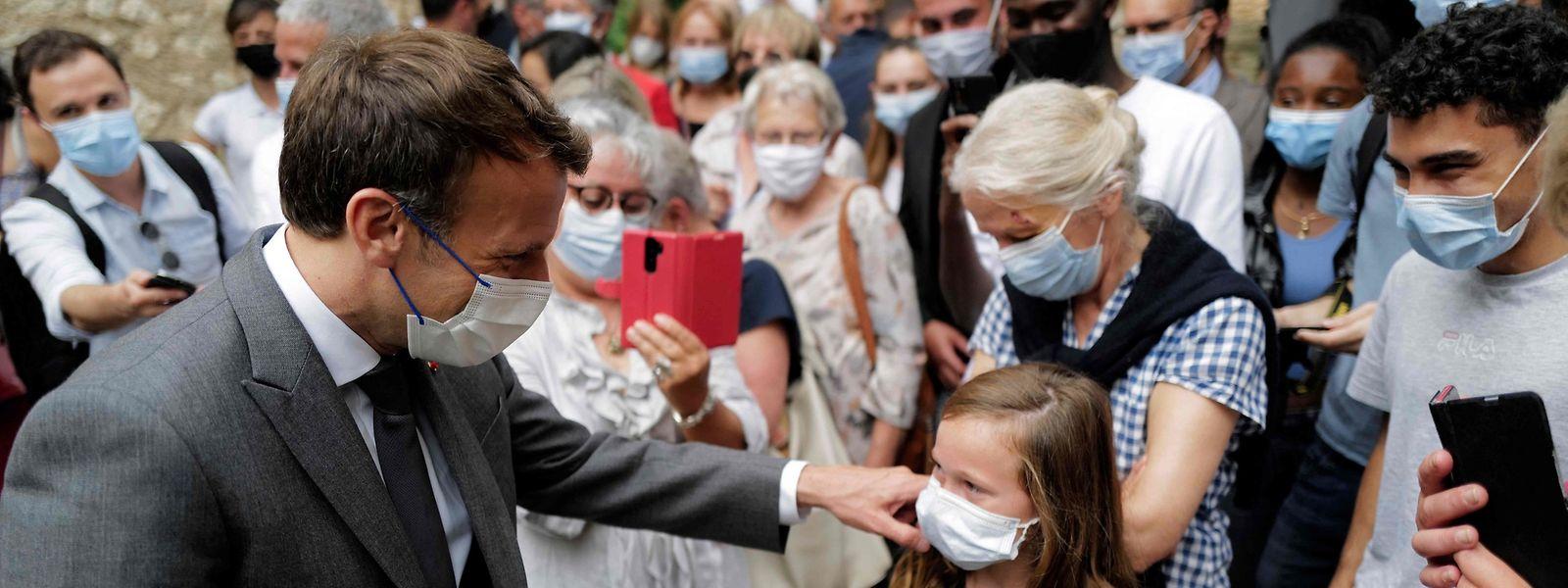 Souhaitant se rapprocher des territoires, le président consacre deux jours de visites actuellement dans le Lot, au sud de la France. Mal lui en a pris...
