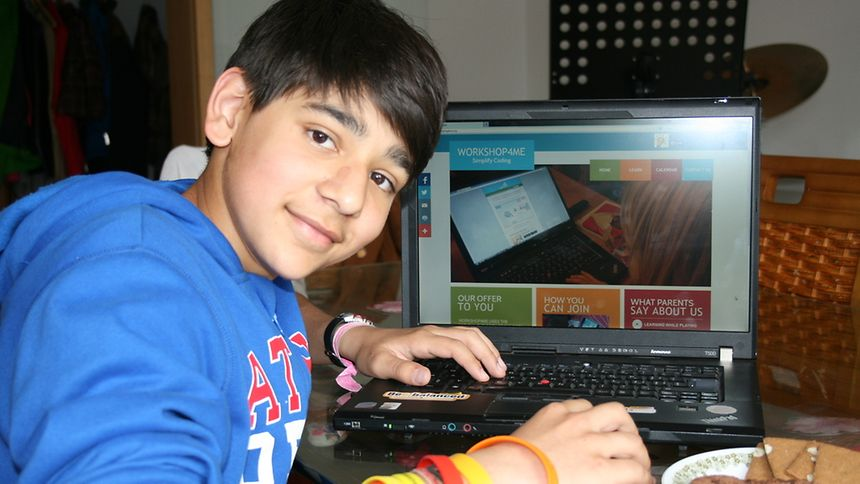 Luxembourg schoolboy Leo Sharma shares his passion for computing with other people by teaching a summer school