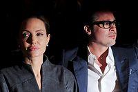 """ARCHIV - 13.06.2014, Großbritannien, London: Das damalige US-Schauspielerpaar Angelina Jolie und Brad Pitt. Der Scheidungsstreit zwischen Jolie und Pitt geht offenbar weiter. (zu dpa """"Scheidungsstreit zwischen Jolie und Pitt hält an"""" vom 07.08.2018) Foto: Facundo Arrizabalaga/EPA FILE/dpa +++ dpa-Bildfunk +++"""