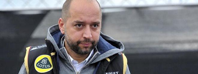 """Geschäftsmann Gerard Lopez versucht in den Augen der ALJP, die Presse """"mundtot zu machen""""."""