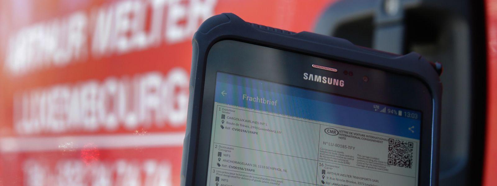 Erstmals wurde in Luxemburg ein elektronischer Frachtbrief signiert.
