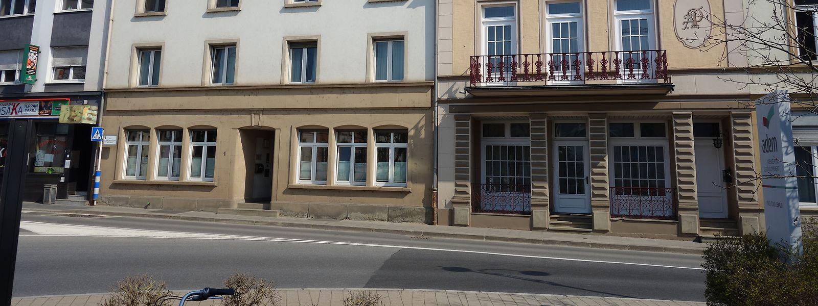 Das Hotel-Restaurant Hiertz in Diekirch war jahrzehntelang eine Institution. Das Gebäude an Nummer 1, Rue Clairfontaine, liegt direkt am Herrenberg und beherbergt heute das Centre Thérapeutique Diekirch, eine Abteilung der Rehaklinik.