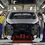 Autoeuropa suspende produção por falta de componentes