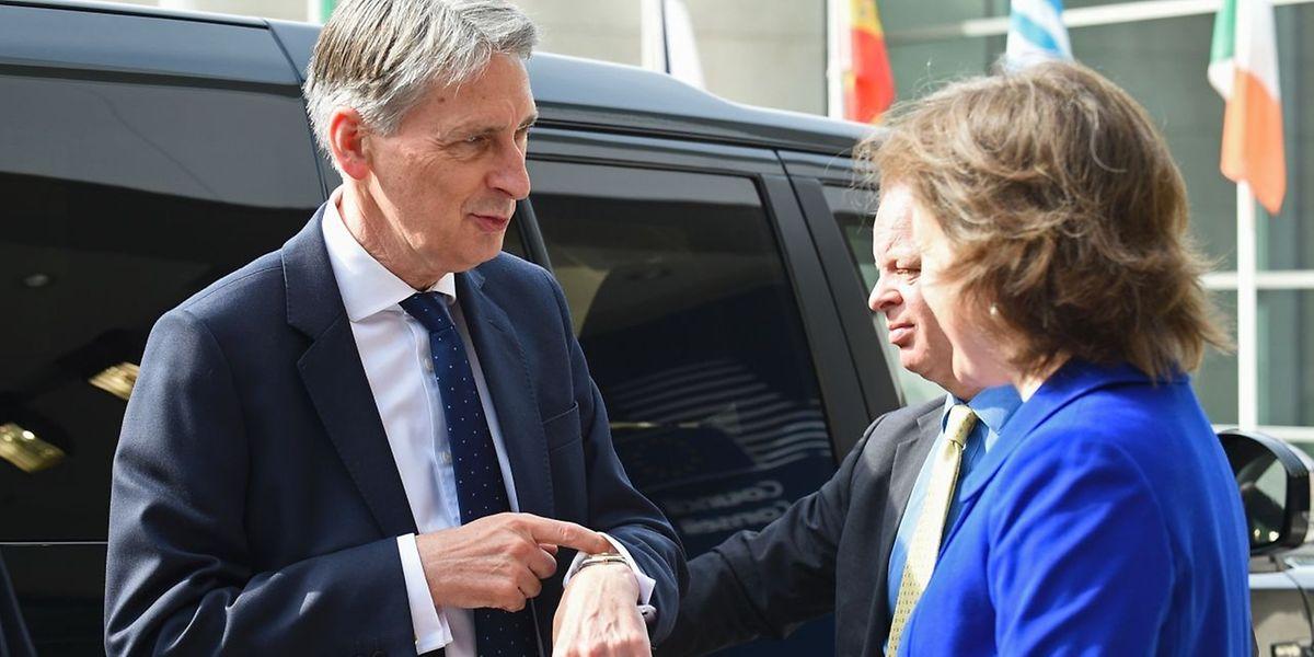 """Der britische """"Foreign Secretary"""" Philip Hammond will sich dem Zeitdruck der EU nicht beugen."""