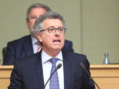 Finanzminister Pierre Gramegna verteidigt seine Politik und verwahrt sich gegen eine übermäßige Sanierung des Staatshaushalts.