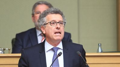 Finance Minister Pierre Gramegna spoke about the economic and financial situation of Luxembourg.