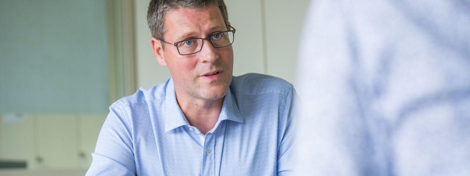 Dr. Jérôme Giwer ist Anästhesist und Schmerztherapeut