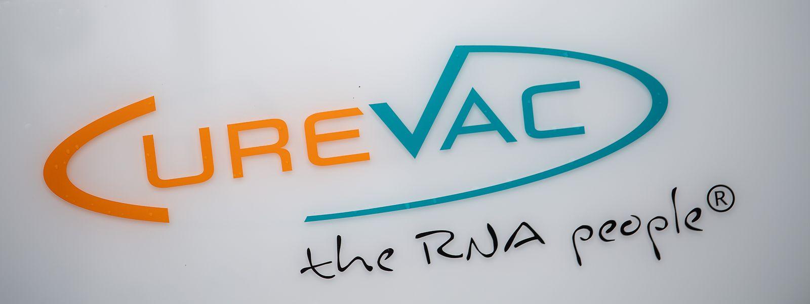 En juin 2020, le gouvernement allemand avait pris une participation de 300 millions d'euros pour acquérir 23% des parts du laboratoire, après une tentative des autorités américaines d'obtenir des droits exclusifs pour les États-Unis sur un vaccin potentiel de CureVac.