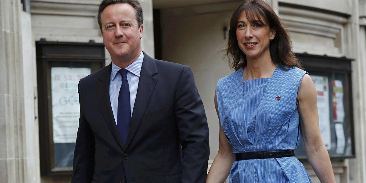 David Cameron avec son épouse Samantha le jour du vote. Le Premier ministre britannique avait initié ce référendum pour conforter sa position et doit maintenant en tirer les conclusions.