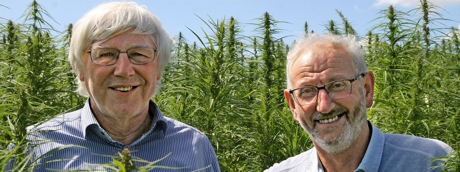 Landwirt Norbert Eilenbecker (rechts) aus Kalborn im Norden Luxemburgs ist der einzige verbliebene einheimische Hanfpionier. Zusammen mit dem Biologen André Steinmetz (links) betreibt er das Unternehmen Cannad'Our.