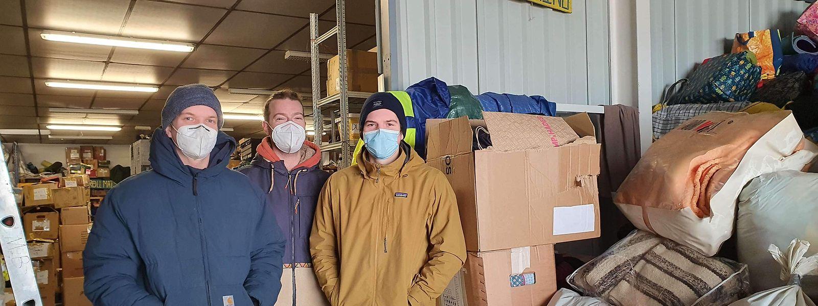 Mit der halben Ladung Hilfsgüter sind Felix, Pipo und Youri in Calais und Dunkerque angekommen. Die zweite Hälfte wollen sie am kommenden Wochenende abliefern.