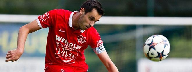 Capitaine du FC Victoria depuis l'été 2013, Olivier Lickes ne ménage pas ses conseils auprès de ses partenaires.