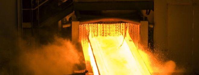 Der Verfall der Stahlpreise hat die Bilanz erneut belastet.
