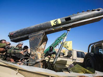 D'intenses bombardements terrestres et aériens pouvaient être entendus à proximité de la ligne de front, a constaté une journaliste de l'AFP.