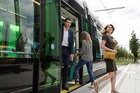 56 Prozent der Befragten geben an, noch nie mit der Straßenbahngefahren zu sein.