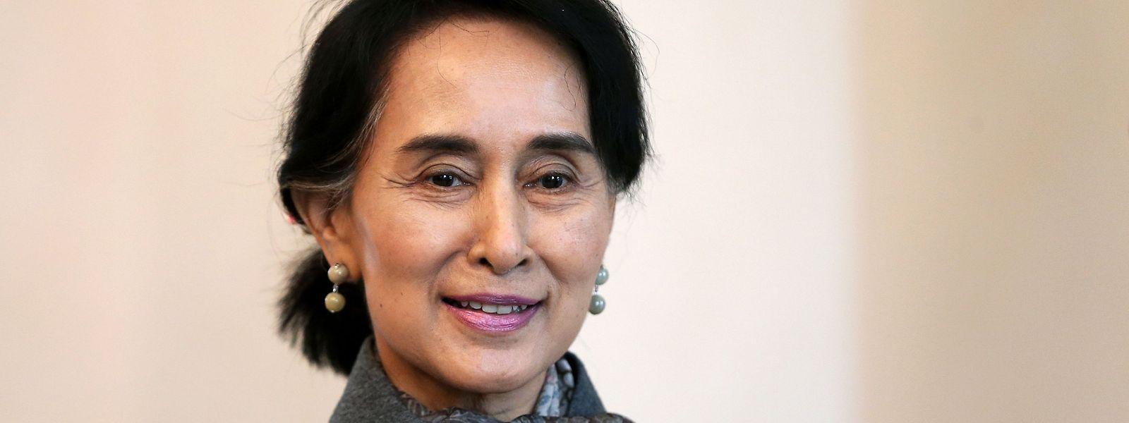 Aung San Suu Kyi am Berliner Schloss Bellevue im April 2014.