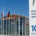 Banco Europeu de Investimento oferece 67 estágios remunerados