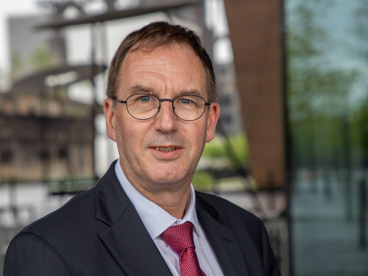 Le professeur de chirurgie Gilbert Massard (59 ans) a été choisi par l'Université pour mettre en place le Bachelor en médecine.