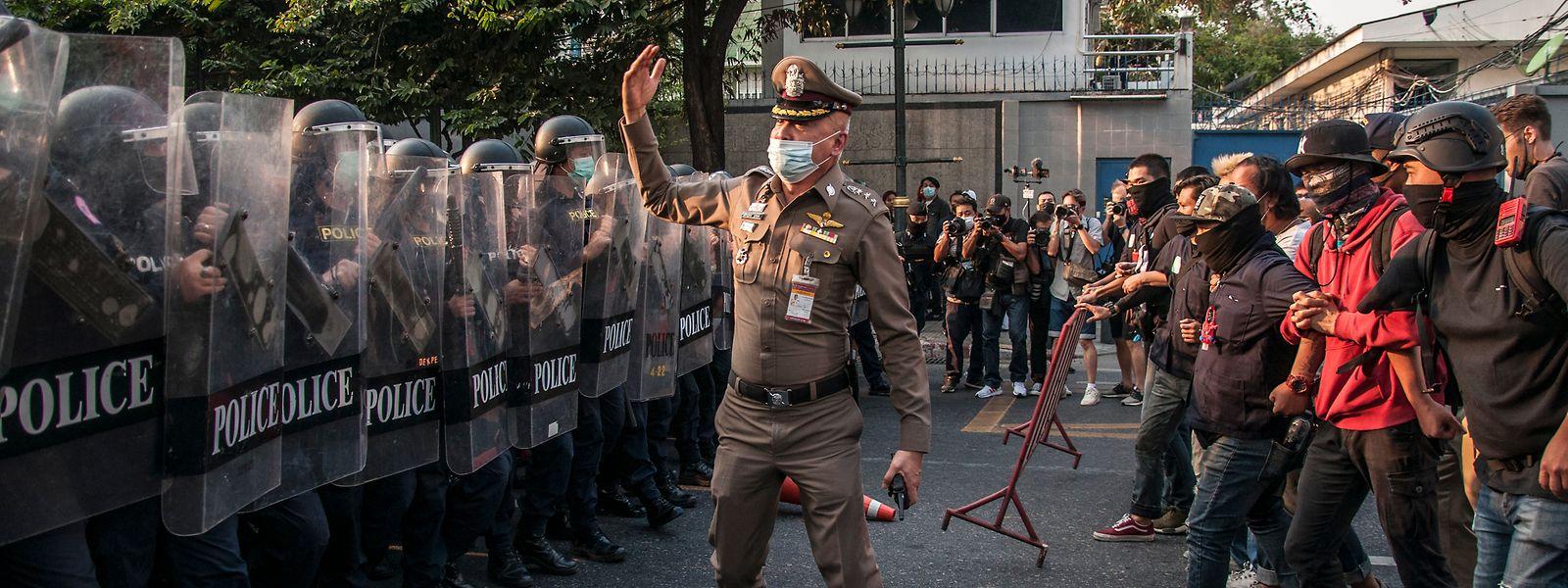 Bei landesweiten Demonstrationen in 44 Städten wurden alleine am Samstag mindestens 114 Menschen getötet.