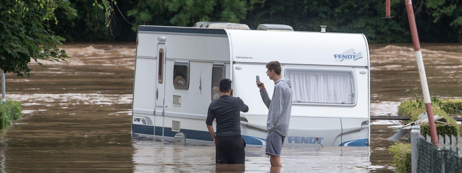 A Rosport comme à Erpeldange-sur-Sûre, les campings ont été submergés par les eaux.