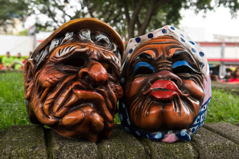 San José. Einflüsse der spanischen Kolonisation und der indigenen Kulturen treffen im Maskenfest von San José aufeinander. Die Feiern gehören in Costa Rica seit Langem zur Volkskultur.
