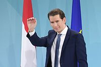 The head of Austrian People's party (OeVP) Sebastian Kurz waves his supporters on stage during the party's electoral evening in Vienna, Austria, on September 29, 2019. - Austria's centre-right People's Party (OeVP) took 37 percent and their erstwhile coalition partners, the scandal-hit far-right Freedom Party (FPOe), meanwhile, dropped from almost 26 percent at the last election to around 16 percent. (Photo by JOE KLAMAR / AFP)