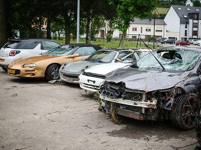 Kaskoversicherungen kommen für Schäden an Fahrzeugen auf - auch im Fall von Hochwasser.