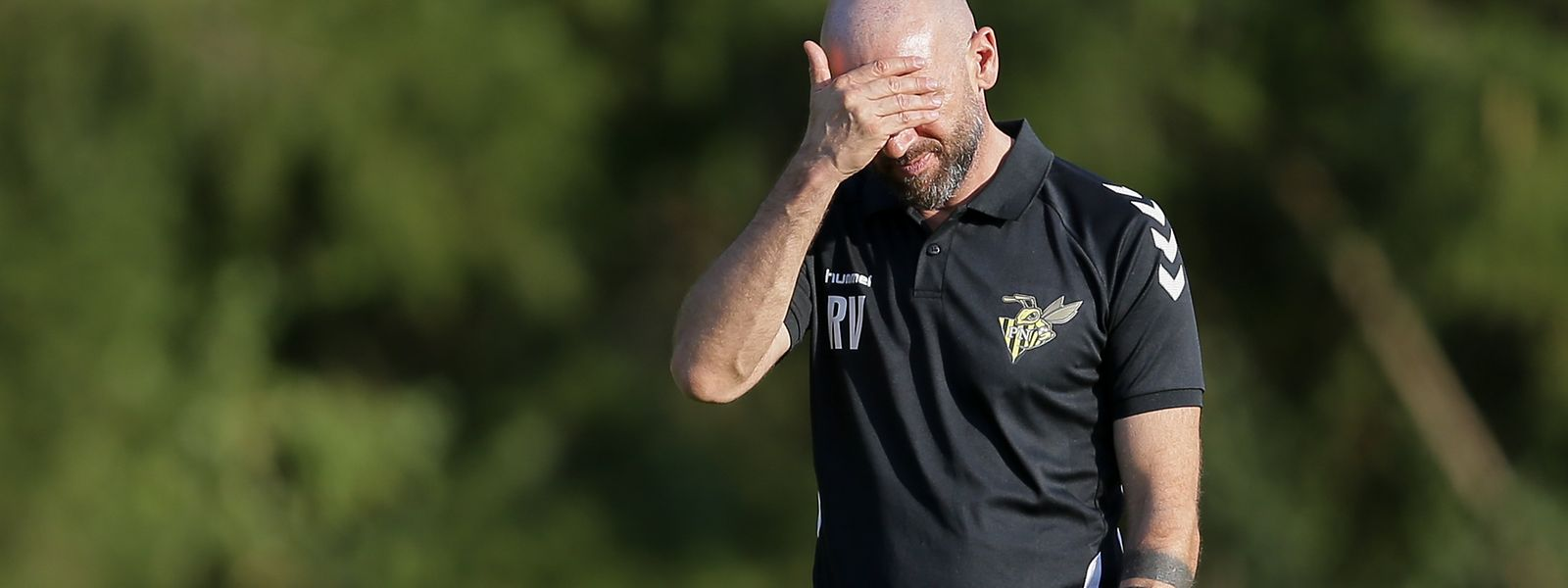 Trainer Roland Vrabec und das Team aus Niederkorn müssen eine Zwangspause einlegen.