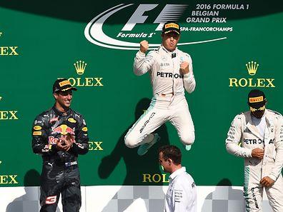 Nico Rosberg gewinnt das Rennen in Spa