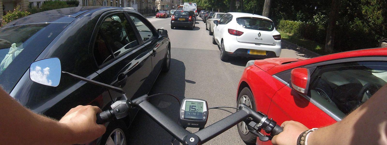 Die Zahl der Radfahrer in der Hauptstadt hat in den vergangenen Jahren drastisch zugenommen. Viele bemängeln trotz einiger Fortschritte einen nur zögerlichen politischen Willen beim Ausbau einer sicheren Infrastruktur.