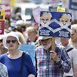 Unter anderem kam es in Edinburgh zu Protesten gegen Trump und seine Politik.