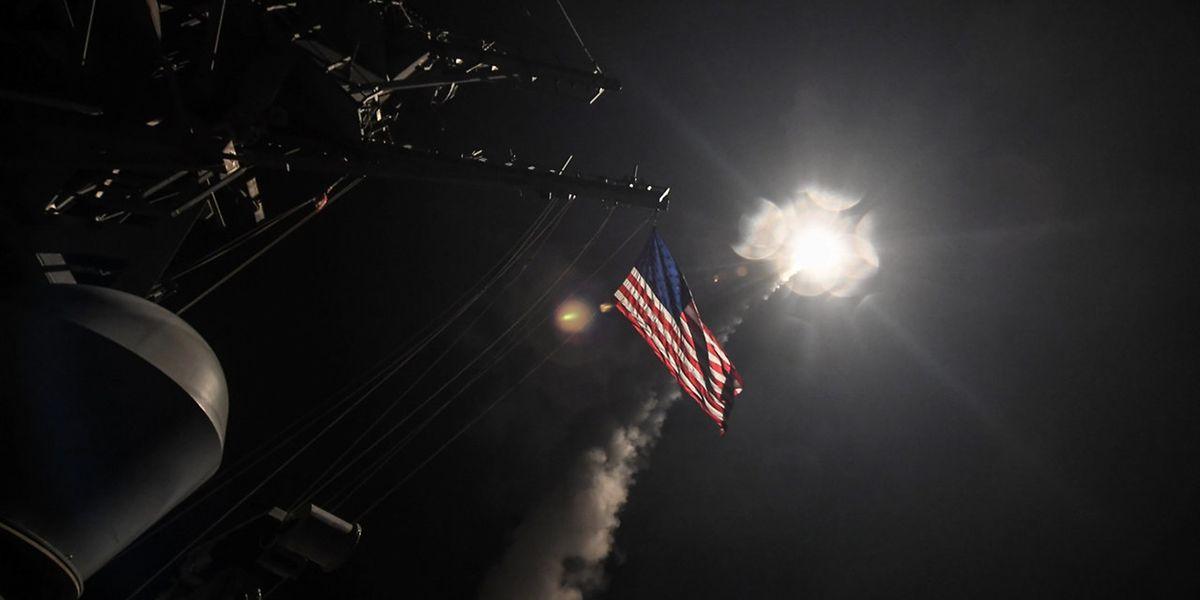 Foram 69 os mísseis lançdos sobre a Síria desde navios americano estacionados no Mediterrâneo