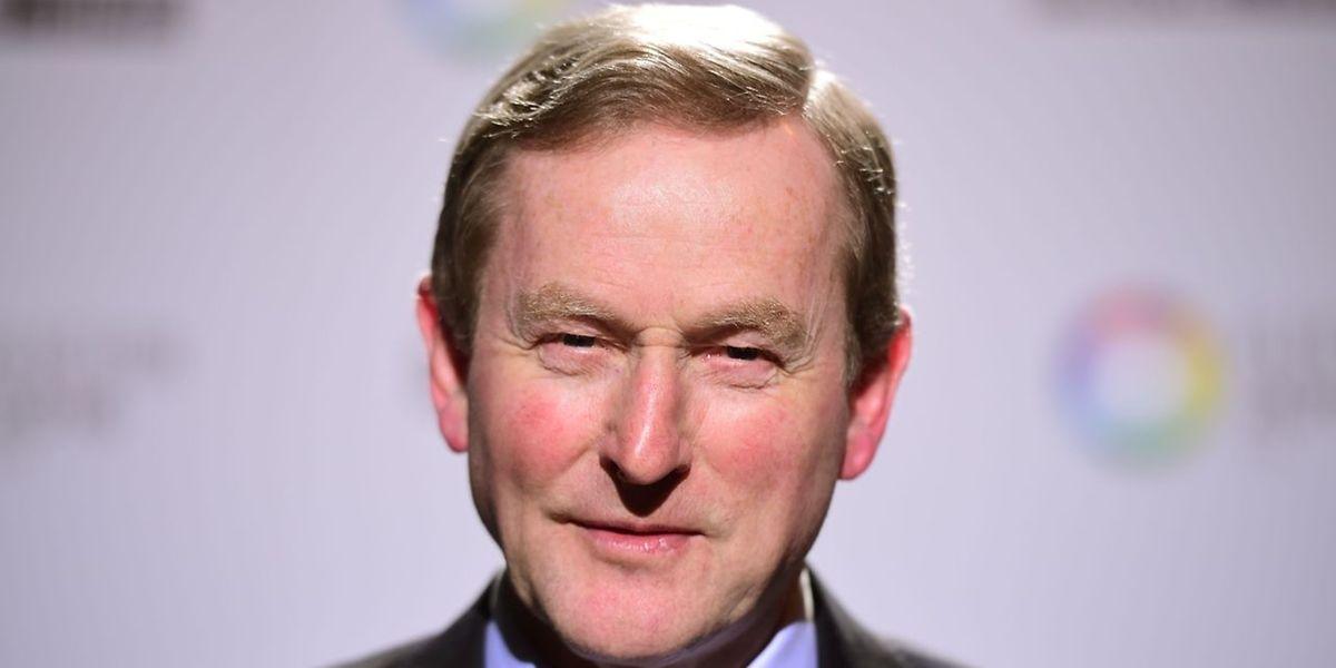 Die regierende Mitte-Links-Koalition unter Ministerpräsident Enda Kenny hat ihre Mehrheit im irischen Parlament verloren.